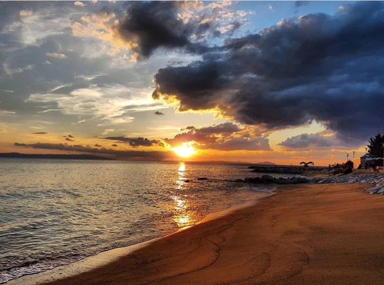 armutlu tatil köyü plaj sahil