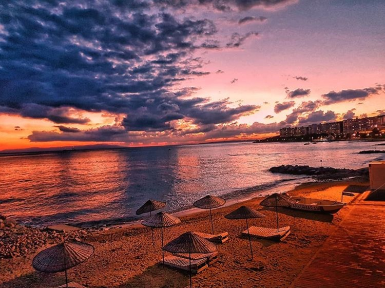 armutlu tatil köyü yaz plaj sahil